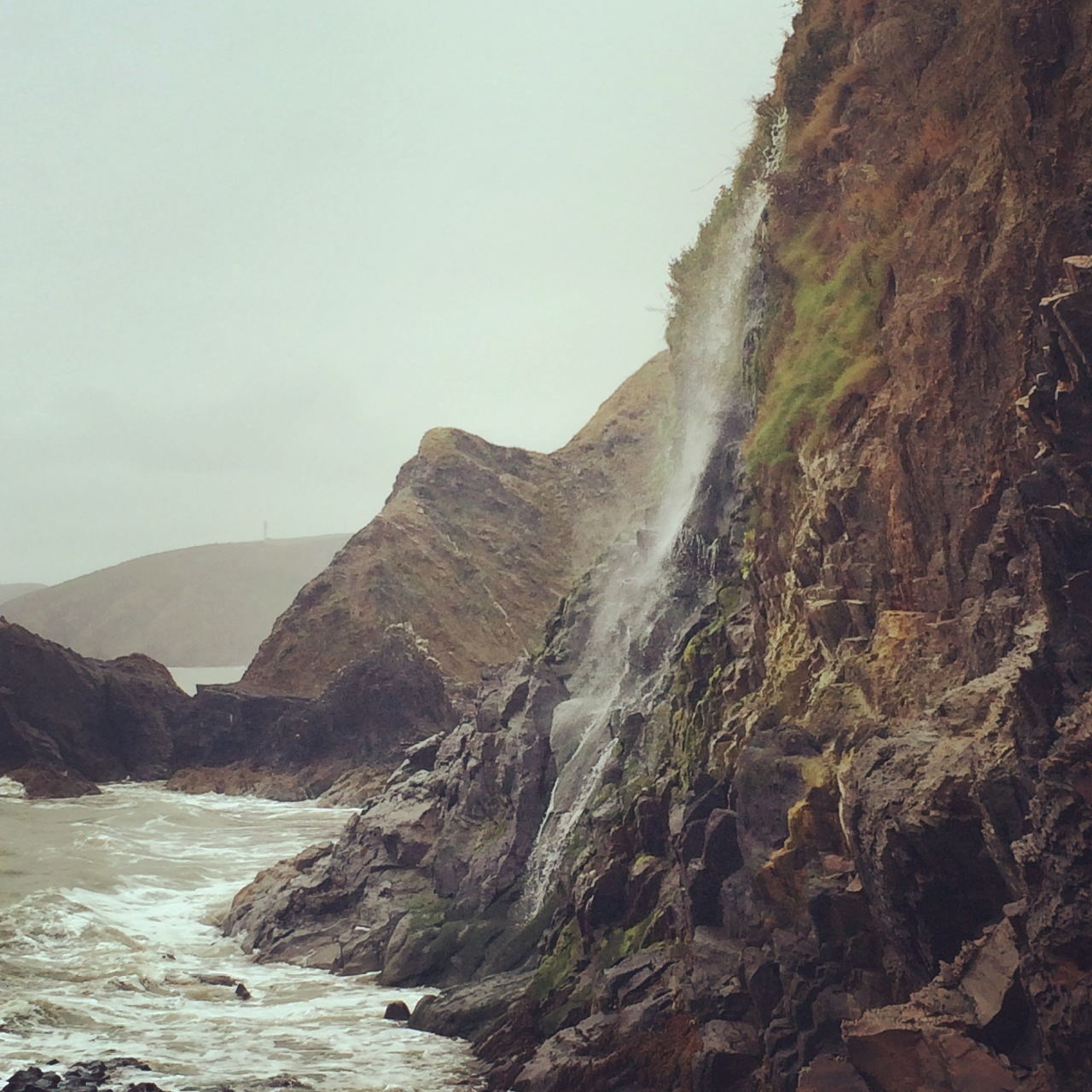 waterfall tresaith