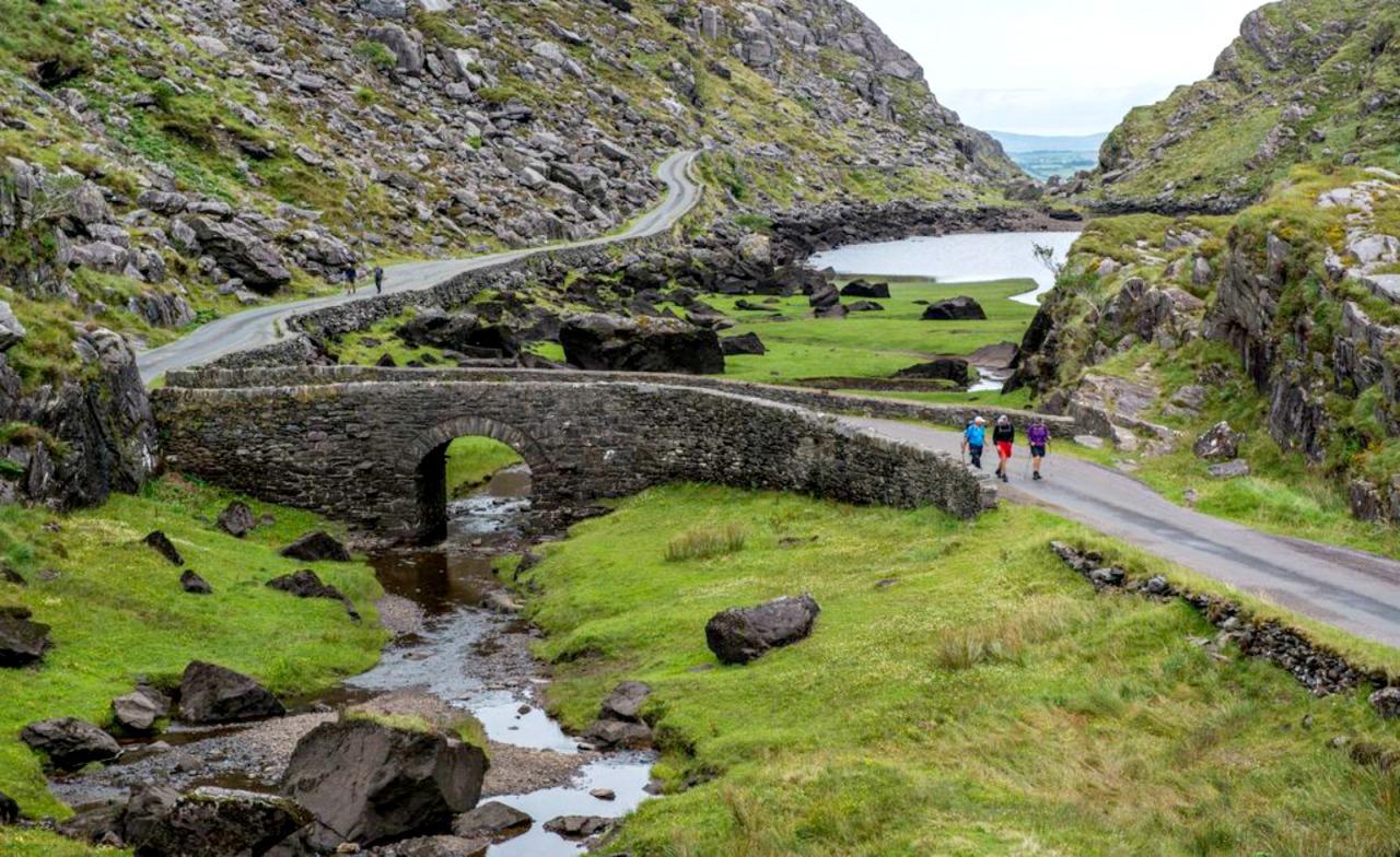 gap-of-dunloe-tourism-irl